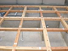 根太レス工法により床を補強