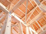 耐力のある構造部材を採用
