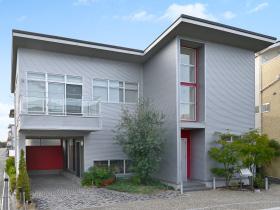 ホビーガレージと大空間の家 芦屋の家
