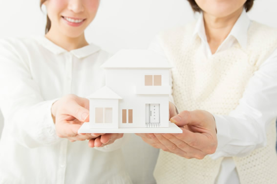 【二世帯住宅】親との同居、どう暮らす?あなたに最適な二世帯住宅プランは?